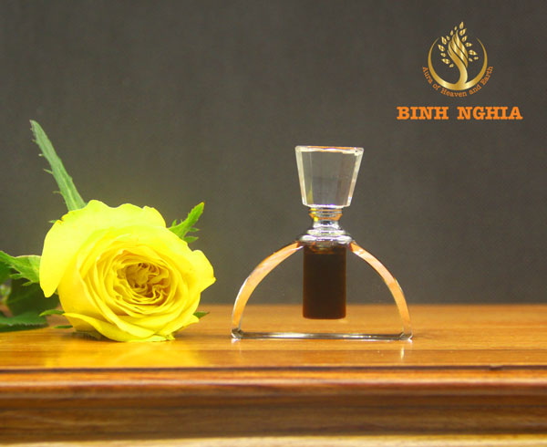 Special Agarwood oil (Oud oil)